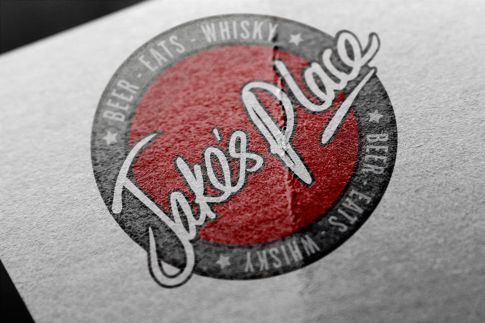 Jake's Place – Bourbon Bar